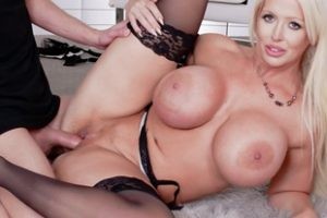 1019689 Fucking Session With Super Busty Milf Alura Jenson