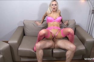 German Teen Suprise Neigbor in Sexy Lingerie and want S