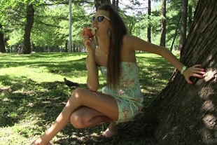 Stunning18 · Fun in the Park, Lucy G