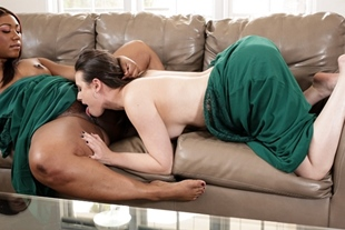 Chanell and Casey shared kisses in a hot tryst