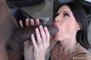1131115 Smoking Hot Milf India Summer Takes On Dredd