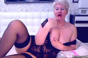 1187283 Blonde Mature Bbw Masturbates On Cam