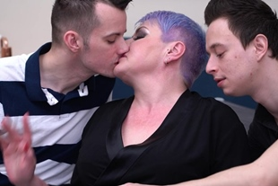 Candy Cummings · Double Penetration Threesome