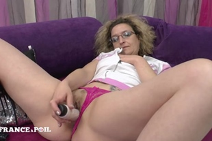 Mother cougar dildo playing before getting banged by he