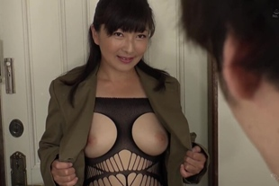 """DANDY-617 """"Have You Have Creampie?"""" A Nasty Mature Woma"""