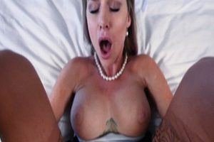 1302005 Stepmom Seduce Stepson In Her Sexy Dress