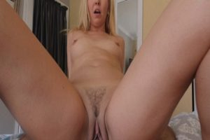 1331335 Stepsons Provides His Mom With A Dick