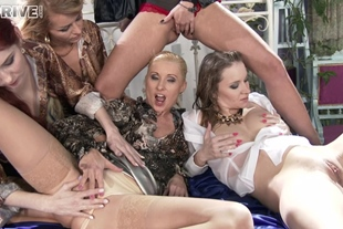 The Golden Shower Power Hour: 5 Piss Soaked Lesbians