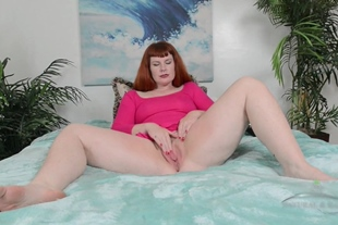 AtkNaturalAndHairy · Chubby Babe With Hairy Cunt