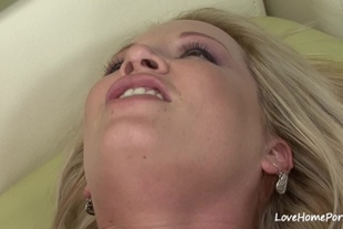 Sexy blonde got twat fucked after a blowjob