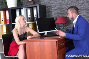 517064 Fuckingoffice Lovita Fate Czech