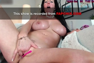 Amateur Action Of A Sweet Big Boobs Milf Camwhore