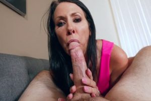 662096 Recording Milf Stepmom While She Blows My Big Cock