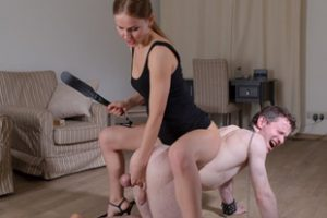 717771 Sexy Mistress Ballbusting And Pissing Femdom