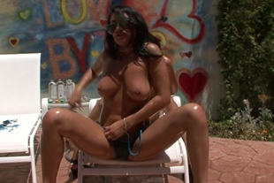 Charley Chase, Chayse Evans threesome
