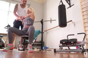 724296 Tiffany Rousso And Thomas Stone Post Workout Footjob