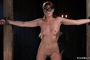 Blindfolded hairy slave made squirting