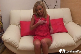 Blonde teaser with small tits shows her cunt